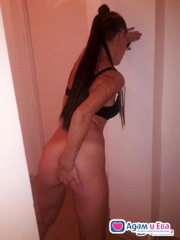 Стандартен секс ,взаимна френска и масаж 40лв-30мин!, снимка 3