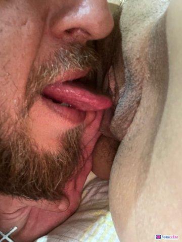 Активно Смейство предлага секс за двоики за тройка И господа, снимка 3